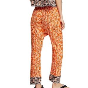 Free People Pants & Jumpsuits - Free People Make My Day Tapestry Print Pants